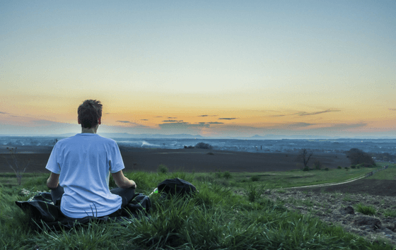 Hypnosis vs Meditation – Which One Should You Choose?